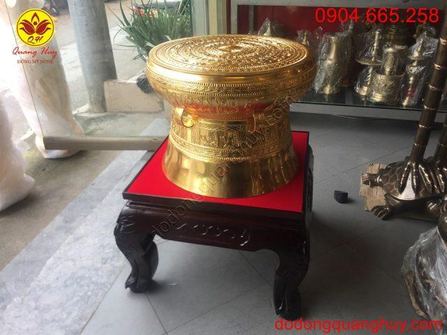 Trống đồng dát vàng 9999 đk 50cm